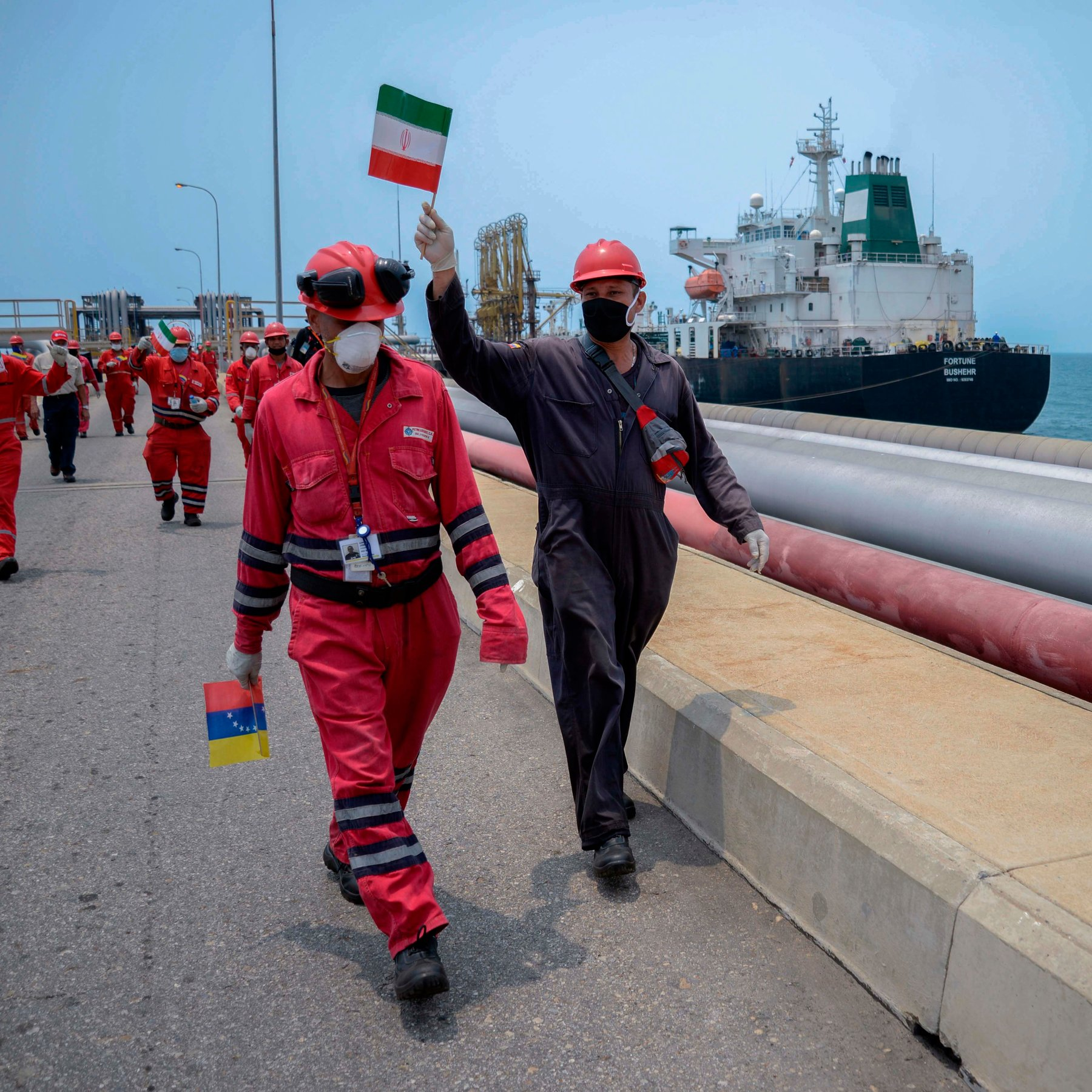 Oil-Starved Venezuela Celebrates Arrival of Tankers from Iran in 2010 (Getty)